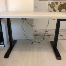 Отзыв от Романа о столе с регулировкой высоты для работы стоя / сидя